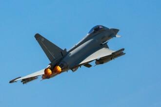 """RAF:""""Șase bombardiere ruseşti, interceptate deasupra Mării Negre"""". Rușii neagă incidentul"""
