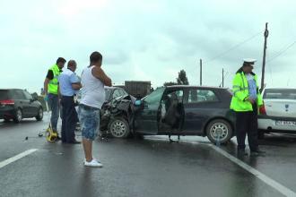 Accident cu 8 răniți, în Neamț. Greșeala făcută de șoferița care a provocat impactul