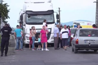 Protest în Râşnov din cauza şoselei în şantier.