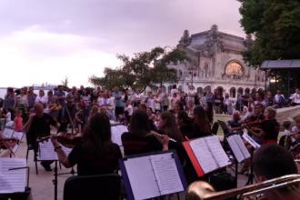 Concerte de muzică simfonică pe faleza Cazinoului din Constanța