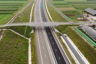 Pentru fiecare kilometru de autostradă, România a pierdut bani și timp și o bucată din istorie. Ancheta DNA