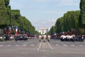 Prima paradă militară de ''Ziua Independentei'', la solicitarea specială a lui Trump