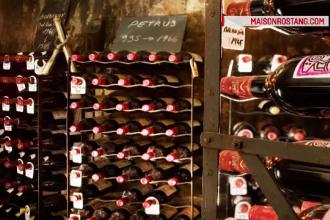 Vinuri în valoare de aproape şase de mii de euro, furate din pivniţa unui restaurant din Paris