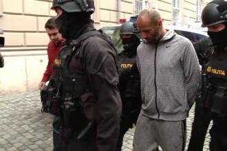 """Dialog halucinant între criminalul din Făget și poliție. """"A jucat 6000 de € la păcănele"""""""