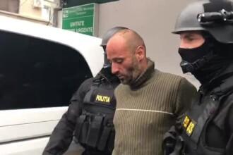 Criminalul din Făget era drogat când a comis faptele. Cum i-a sfidat pe polițiști