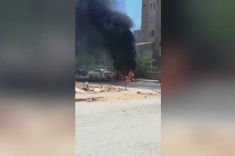 O mașină capcană a explodat în fața unei clădiri guvernamentale, în Turcia