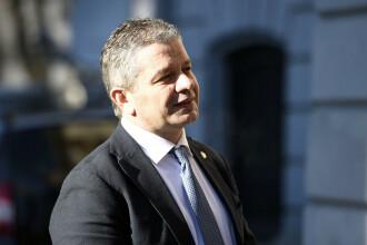 Cererea DNA de ridicare a imunităţii fostului ministru Bodog ajunge în BP al Senatului