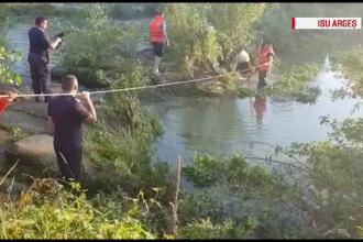 O mamă și fiul ei, plecați la pescuit, au rămas blocați pe o insulă