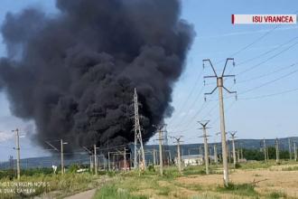 Incendiu de proporții pe calea ferată. Zeci de trenuri oprite, sute de oameni afectați