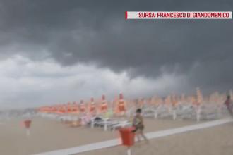 Vijelii, cu forță de tornadă, au pus pe fugă turiştii dintr-o staţiune din Italia
