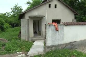 Bărbat găsit mort în casă după ce o vecină a simțit un miros greu