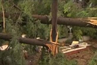 """Cum se explică furtuna """"de vară"""" devastatoare din Grecia. Ce se va întâmpla în România"""