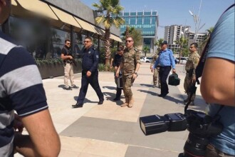 Atac armat într-un restaurant, cel puțin 3 diplomați turci au fost uciși