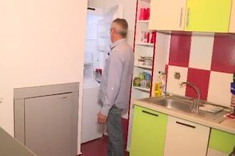 """Un angajat CFR cu 29 de ani vechime, sef de tura, prezinta ce are in frigider. """"Asta este"""""""