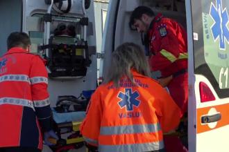 Impact devastator în Olt: Doi șoferi au rămas încarcerați, unul a murit