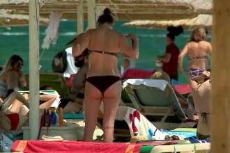 Turiștii, încântați de condițiile de pe litoral. Vor să își prelungească vacanța