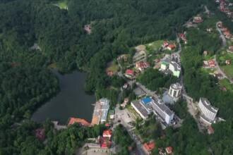 Lacul din România care a intrat în Cartea Recordurilor. Scăldatul, permis doar 3 luni pe an