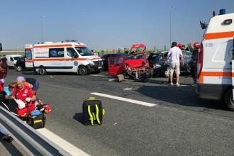Patru persoane rănite după ce șase maşini s-au ciocnit pe Autostrada Soarelui