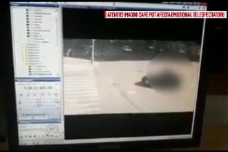 Momentul în care un motociclist este aruncat în aer de un șofer care i-a tăiat calea
