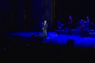 Michael Bolton, duet cu Laura Bretan de la