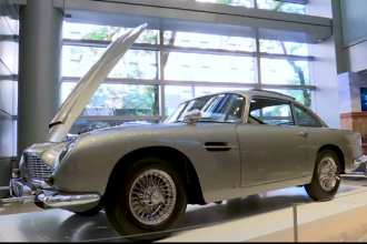 Milioane de dolari pentru o mașină din 1965. Cine a făcut autoturismul celebru