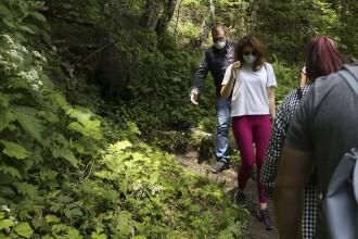 """Turiștii nemți își reiau excursiile în România. """"Sălbatică și puțin înfiorătoare, lăsați-vă impresionați"""""""