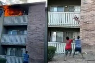 VIDEO. Moment dramatic în SUA. Cum a fost salvat un copil aruncat de la balcon