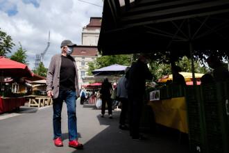 MAE: Românii care merg în Austria trebuie să prezinte un test COVID negativ şi dovada cazării
