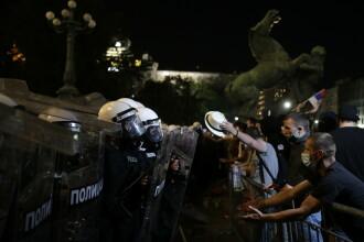 Manifestaţii în Serbia: 71 de arestări, printre care un britanic şi un tunisian