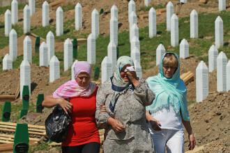 25 de ani de la masacrul de la Srebenica. 8.000 de bărbați au fost executați de forțele sârbe