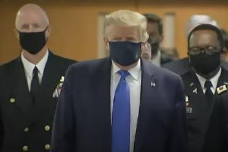 """Trump s-a răzgândit: """"Purtatul măștii, un gest patriotic. Nu e nimeni mai patriot decât mine"""""""