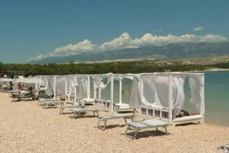 Una dintre cele mai faimoase plaje din Croația, pustie din cauza pandemiei