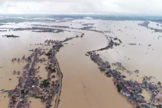 Prăpăd în China. Cel puțin 140 de morți în urma inundațiilor