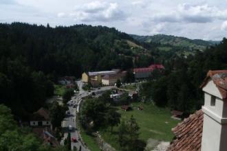 Românii au luat cu asalt muntele. Unde pot vedea iele și vârcolaci