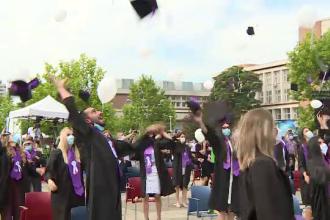 """Studenții care au terminat facultatea în pandemie, """"o generație cum nu au mai fost altele"""""""