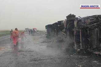 Accident grav aproape de vama Nădlac. Un tir scăpat de sub control s-a răsturnat şi a luat foc