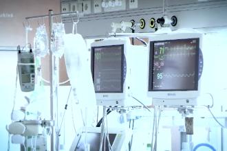 Secţiile destinate pacienţilor cu Sars-Cov-2 încep să rămână fără locuri libere