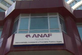 Angajați ai ANAF din Argeș, infectați cu coroanvirus după o petrecere cu 20 de persoane