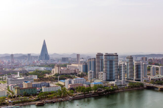 Coreea de Nord ar fi înregistrat cazuri de infectări cu coronavirus. Ce pățesc oamenii care nu poartă mască de protecție