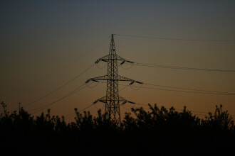 ANRE a informat populația despre ce pași trebuie să facă pentru a încheia un nou contract la energie pe piața liberă