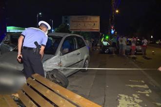 Accident cu 4 mașini în Capitală. O tânără a fost transportată de urgență la spital