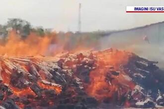 Un incendiu violent de la un depozit din Vaslui s-ar fi putut transforma într-o adevărată tragedie