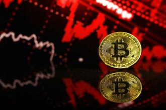 Bitcoin a depășit pragul de 60.000 de dolari