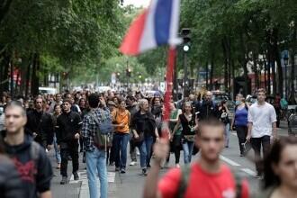 Proteste în Franţa, după ce Macron a anunțat restricții pentru persoanele fără certificat sanitar