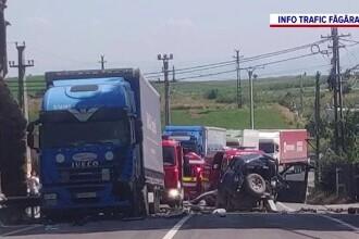 Accident grav în Brașov. 12 persoane au fost implicate, dintre care șase au ajuns la spital