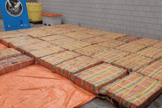 Trei tone de cocaină, descoperite într-un transport de piure de banane în portul Rotterdam