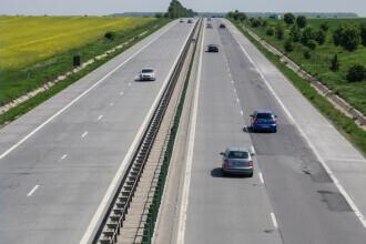 Cinci mașini au fost implicate într-un accident pe A2. Două persoane, rănite