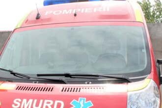 O familie din Arad a fost atacată de propriii câini. Oamenii s-au baricadat în casă. Doi bătrâni au ajuns la spital