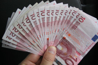 Statul are restante de peste 400.000.000 euro la rambursarea TVA