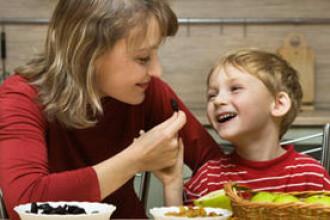 Protejeaza-ti copilul de obezitate!